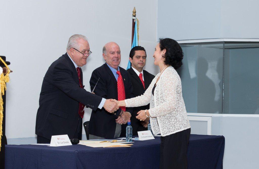 Grad. Odonto Mayo 12 2015-43